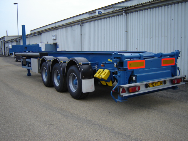 Combipass rental tipping chassis for Chassis aluminium